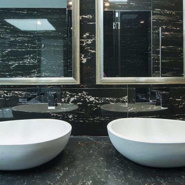 Martin Court, Toorak – Bathroom 2